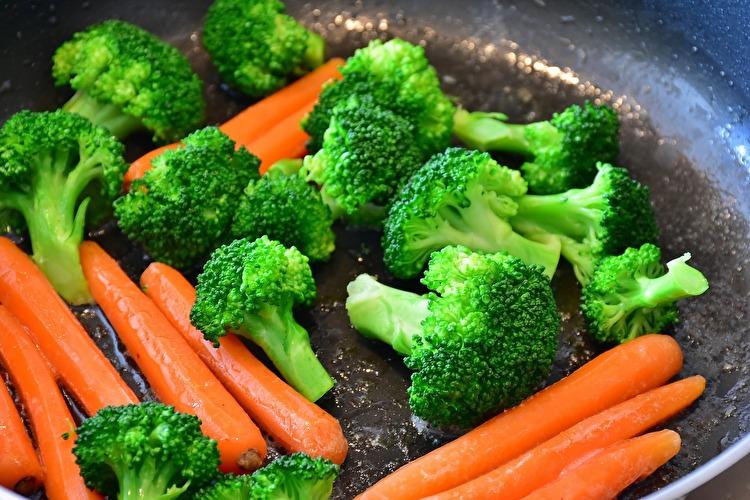 【筋トレ効果UP】栄養素を損なわないブロッコリーの食べ方【無駄にしない】